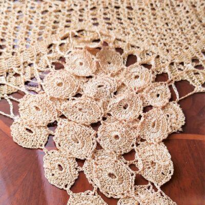 تجراف الحرير مع الدانتيل