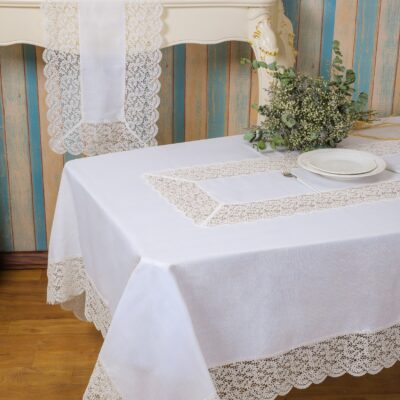 Linen Figure Tablecloth with Lace