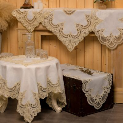 Linen Tablecloth and Decoration Items with Silk Lace and Macrame